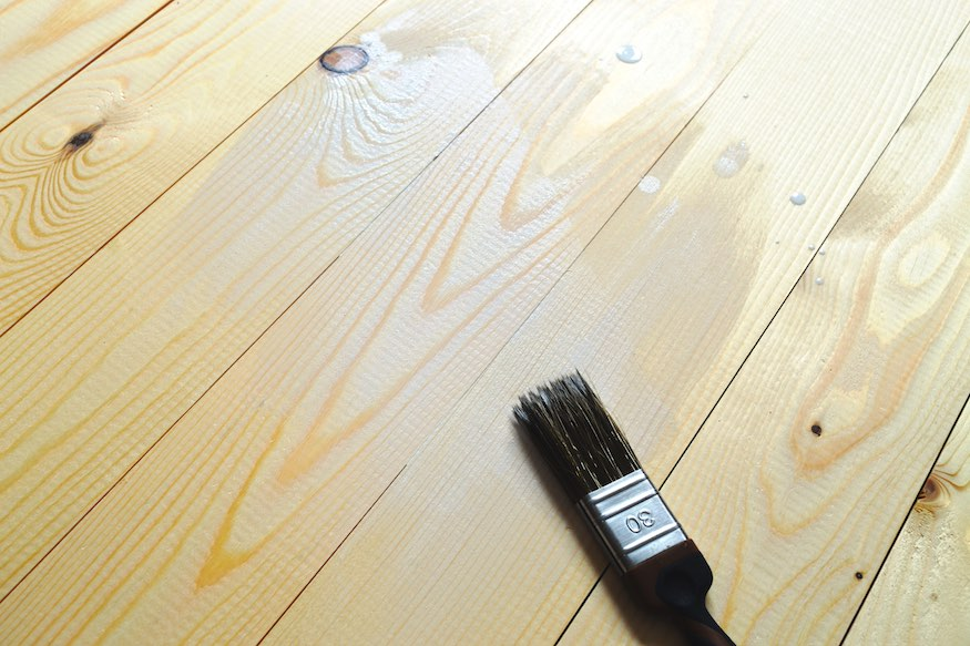 paintbrush for staining wood