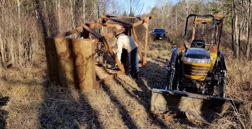 custom wood deer stands