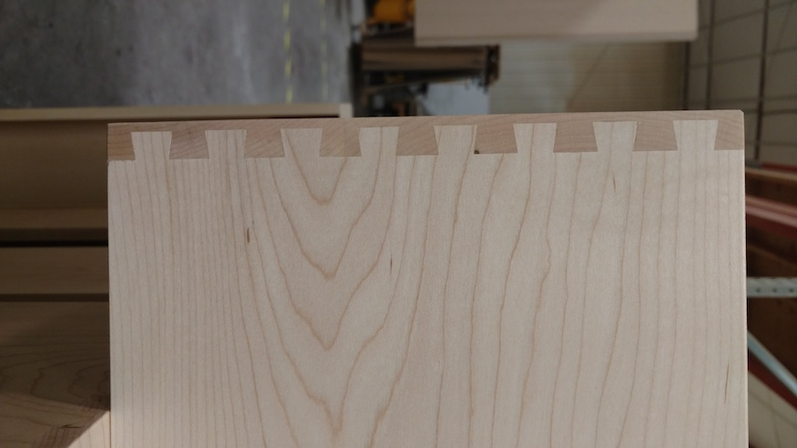 dovetail side view