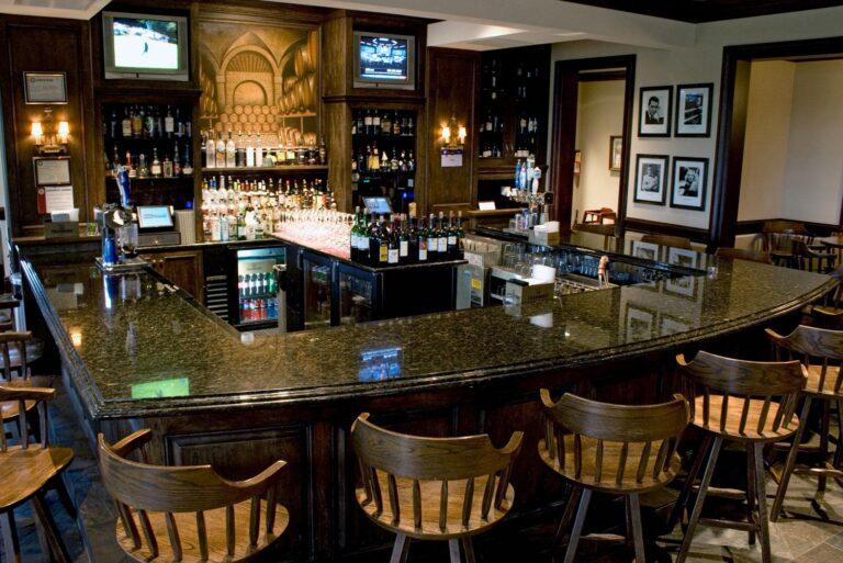 Bar area at Makray Memorial